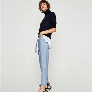 Zara Jeans - Zara Modern Mom Light Wash Ankle Length Denim Pant